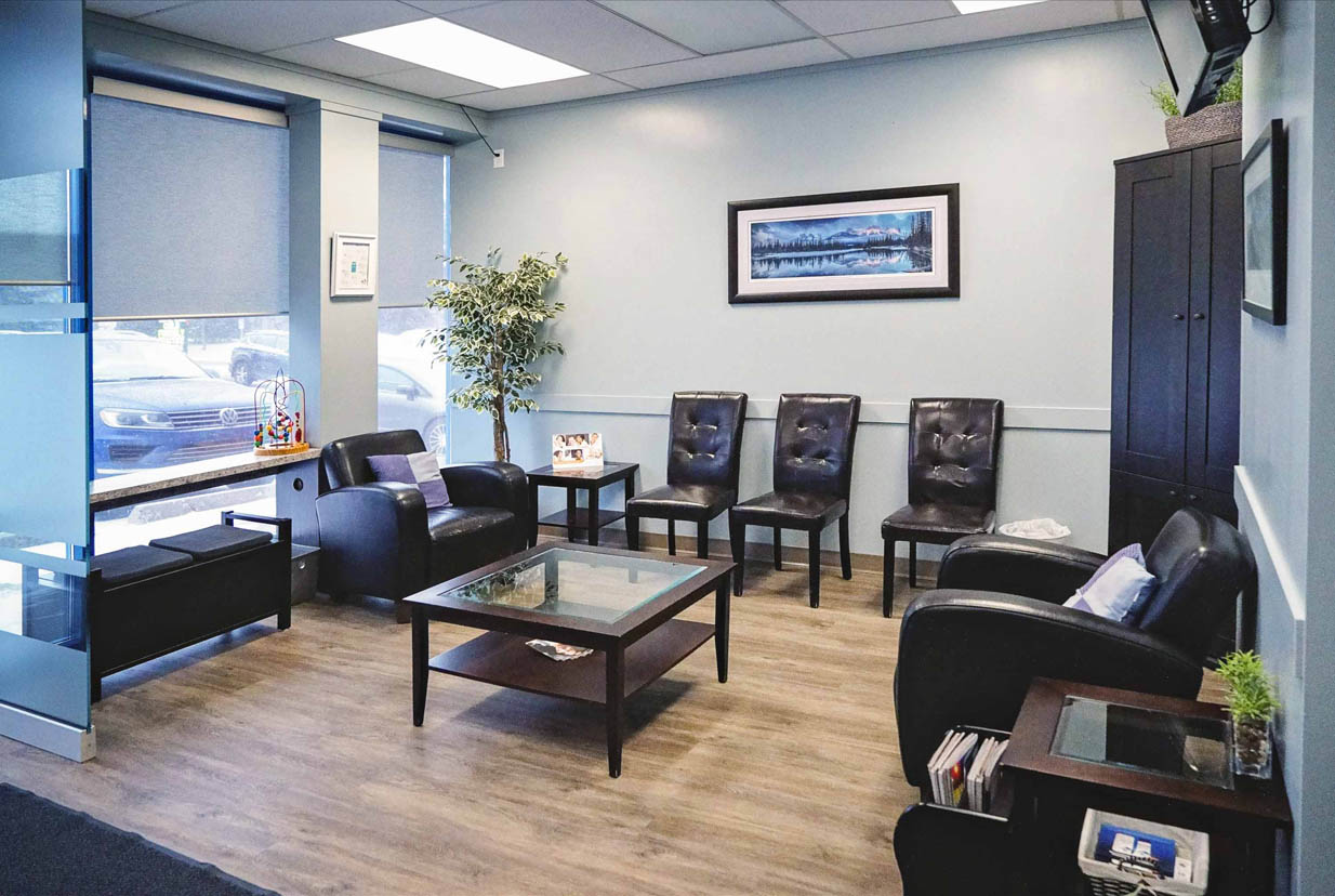 Shawnessy Smiles | Comfortable Waiting Area